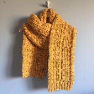 Accessories - 🌟2/$20🌟 Mustard Yellow 100% Wool Scarf